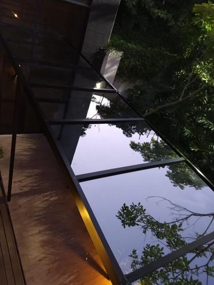 Cobertura de Vidro com Película Saúde - Cobertura de Vidro com Abertura