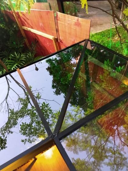 Cobertura de Vidro Fumê São Caetano do Sul - Cobertura de Vidro com Calha