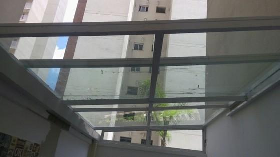Cobertura de Vidro para Garagem Vila Nova Conceição - Cobertura de Vidro com Calha