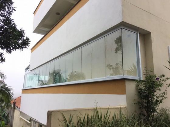 Fechamento de Varanda com Vidro de Correr para Casa Orçamento Morumbi - Fechamento de Varanda com Vidro em Apartamento