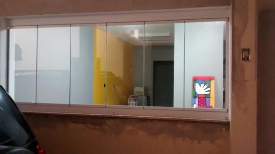 Fechamento de Varanda com Vidro em Casas Orçamento Morumbi - Fechamento de Varanda com Vidro Temperado