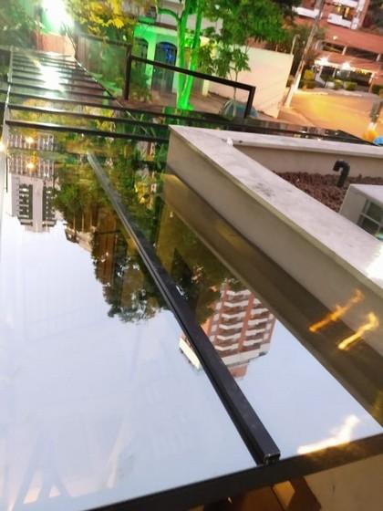 Instalação de Cobertura de Vidro Fumê Ipiranga - Cobertura de Vidro Automatizada