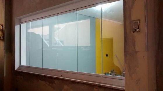 Onde Fazer Fechamento de Varanda com Vidro em Casas Saúde - Fechamento de Varanda com Vidro de Correr de Apartamento