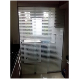 empresa de porta de vidro para quarto Vila São José