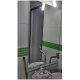 espelho para banheiro com moldura Centro