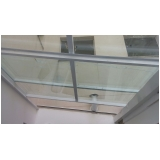instalação de cobertura de vidro retrátil Santo André
