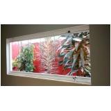 onde encontrar empresa de cortina de vidro para garagem Saúde