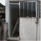porta pivotante de vidro preço em Diadema